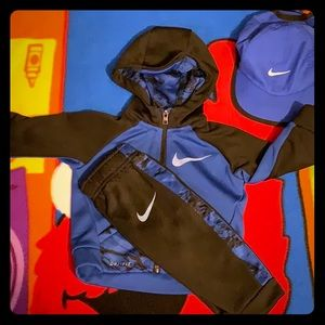 Nike Dry - Fit 2 P.C. hoodie and jogger and hat